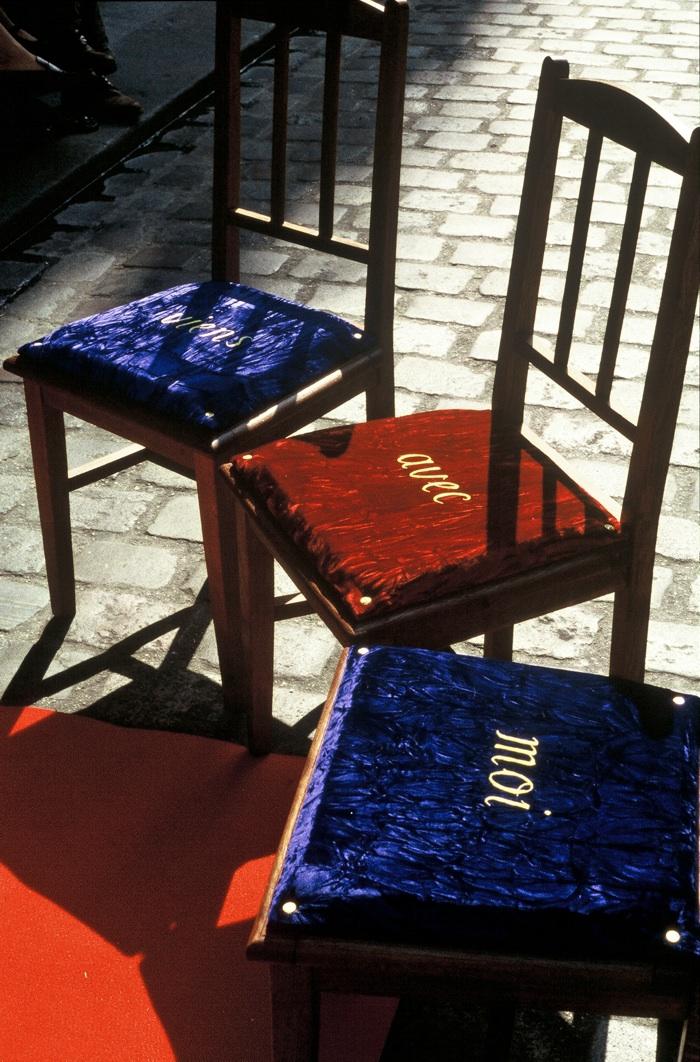 1996 cinq chaises 224 la chaise au plafond kt doyle